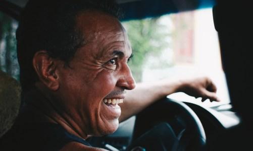 4 Reasons Why More Men Should Consider Getting Teeth Implants