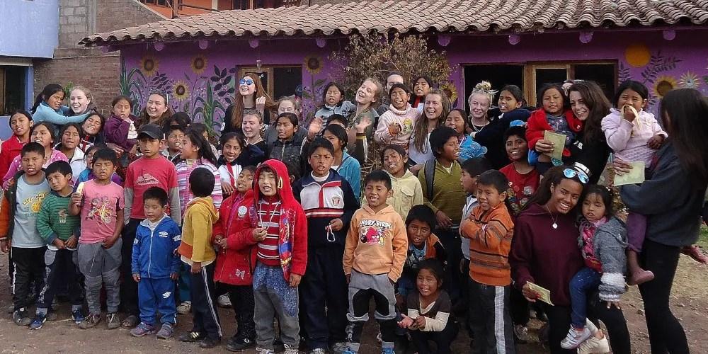 School volunteer programmes overseas
