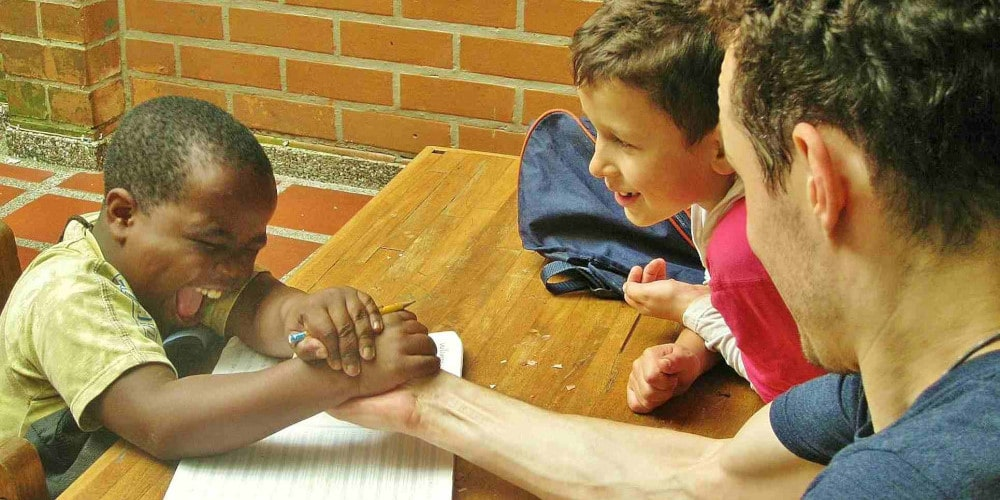Volunteer at the project in Medellin