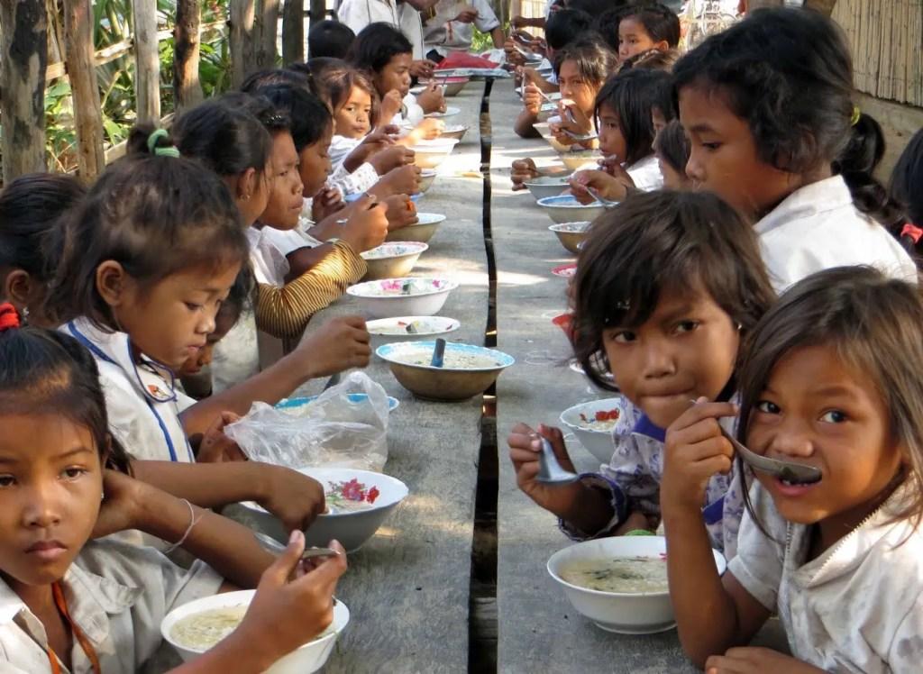 Helping Hands Students Eating Breakfast