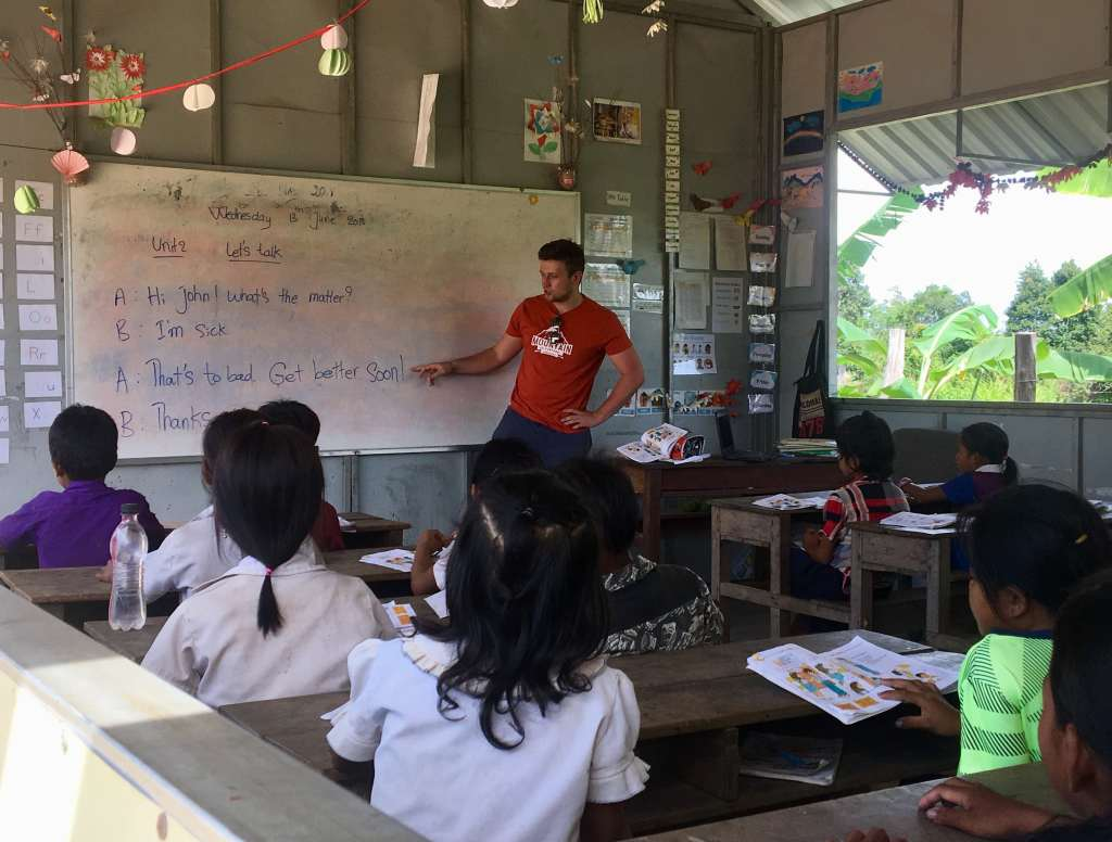 Volunteering with the children in Cambodia