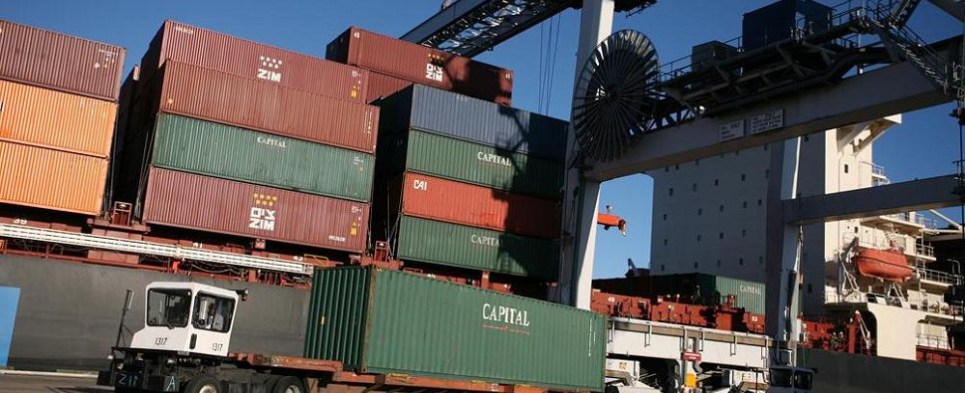 Supporters of TPP say it will remove trade barriers in an area with a population of 800 million people, yielding higher volumes of export cargo and shipments of import cargo in the region.