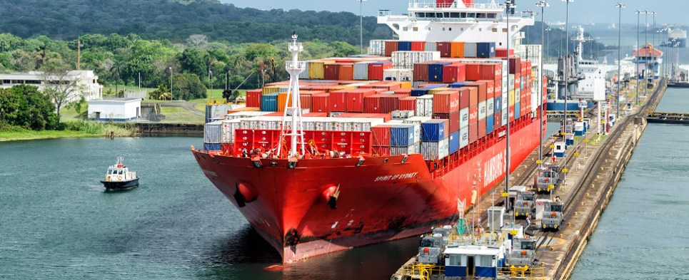 New tonnage record reported by the Panama Canal meant greater volumes of export cargo and import cargo transited the waterway in fiscal year 2015.