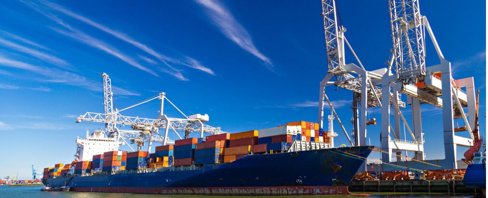 New weight regulations pertain to shipments of import cargo and shipments of export cargo in international trade.