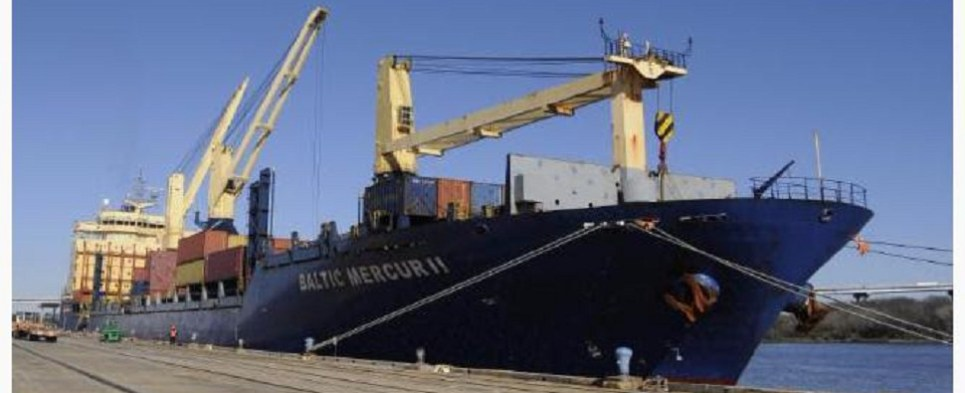 South Carolina ports handled more shipments of export cargo and import cargo in international trade in 2015.