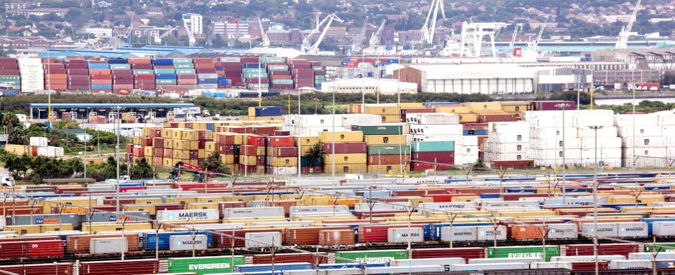 US ports handled more shipments of export cargo and import cargo in international trade.