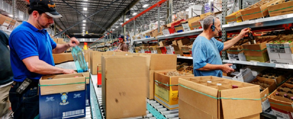 Warehouse automation system help process more shipments of export cargo and import cargo in international trade.