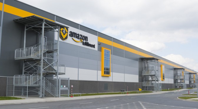 Online retailer are locating fulfillment centers closer to urban areas for faster deliveries of shipments of export cargo and import cargo in international trade.
