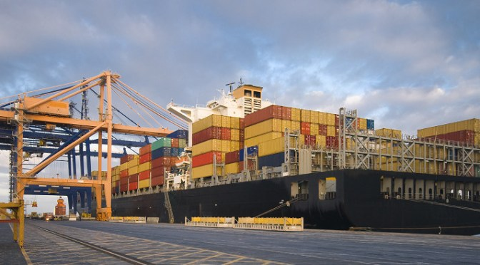 Shipments of export cargo and import cargo in international trade from SSA to the US have declined since 2011.