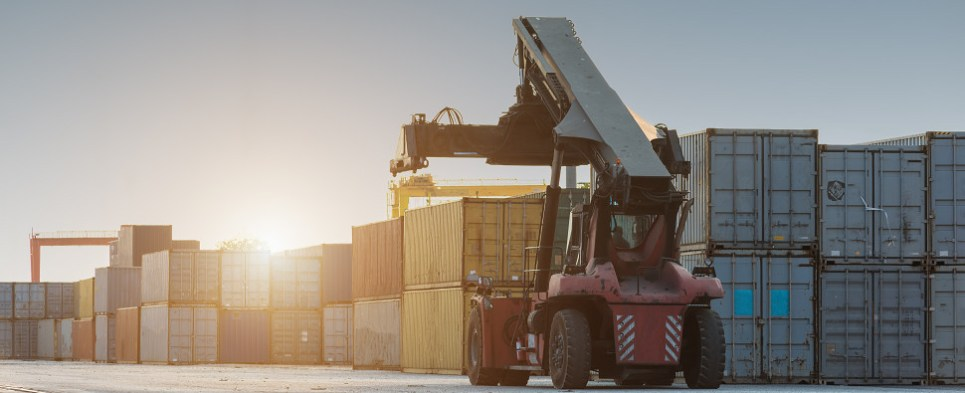 SOLAS requires certified weigth for container shipments of export cargo and import cargo in international trade.