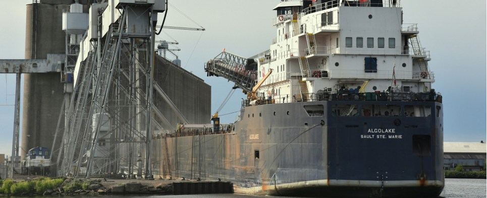Seaway is handling more shipments of export cargo and import cargo in international trade than earlier in the season.