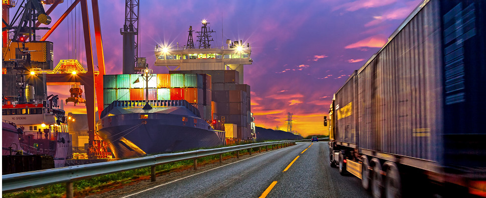 2017 predictions for th elogistics of shipments of export cargo and import cargo in international trade.