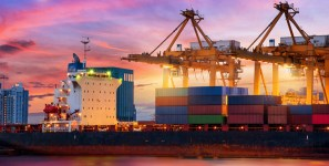 Shipments of export cargo and import cargo in international trade are forecast to grow modestly in 2017.