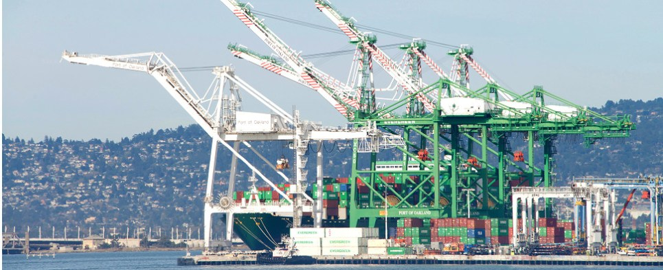 Port of Oand expects steady shipments of export cargo and import cargo in international trade under the new alliances.