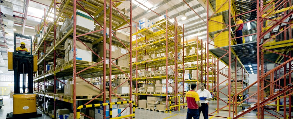 DHL hs new logistics solution for medical device shipments of export cargo and import cargo in international trade.