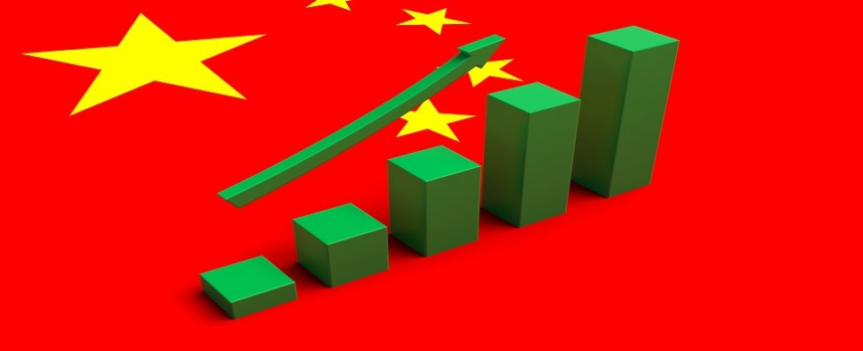 Shipments of export cargo and import cargo in international trade continue to increase between the US and China.