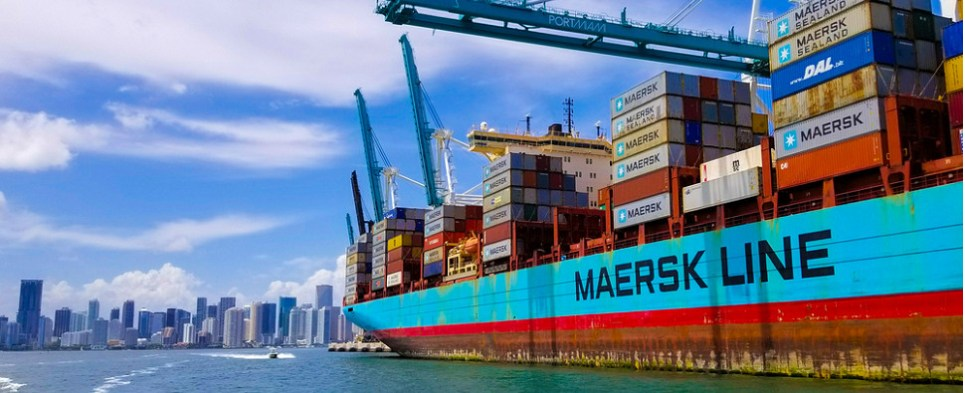 Software helps manage rates for ocean shipments of export cargo and import cargo in international trade.