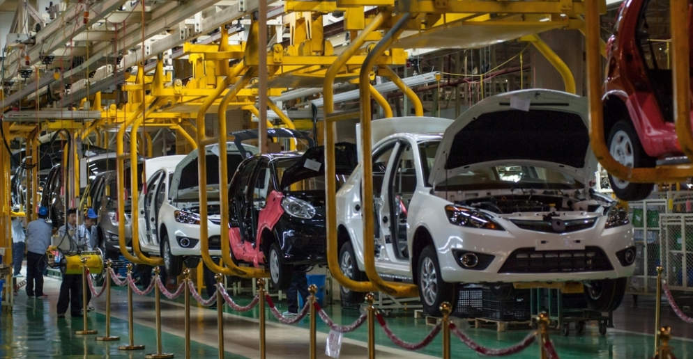 A Glance at Expanding E-commerce Automotive Aftermarket Amid Rapid Technological Evolution in Vehicle Manufacturing