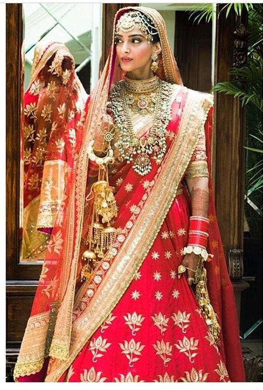 Sonam Kapoor Wedding.Bollywood Starlet Sonam Kapoor Tied The Knot In A Big Fat