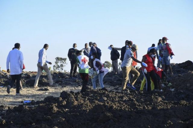 Ask Expert Unraveling Clues >> Search For Bodies Clues After Ethiopian Airlines Boeing Crash