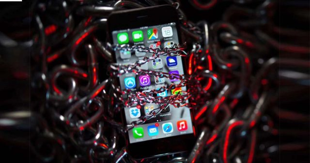 Google discovered major flaw in iPhone security: Phones are