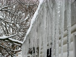 it  may be shaping up to be an especially cold winter, but heating costs can be minimized a number of ways, including caulking leaky spots around windows and doors, adding or updating insulation, replacing single pane windows with sealed double or triple pane windows, insulating heating ducts and your hot water tank, and upgrading to a programmable thermostat