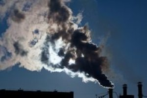 Emissions Should be Reduced Now to Minimize Climate Risk