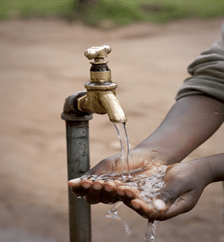Commercial water supply, Uganda © Nick Kilimani