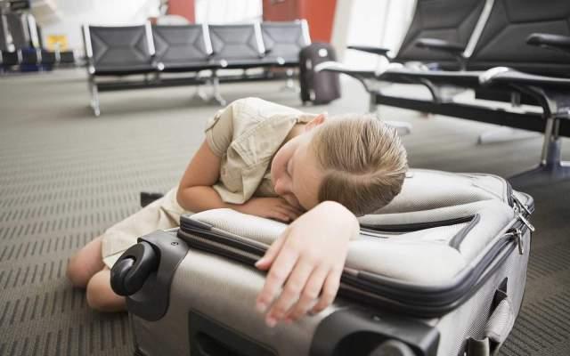 jet-lag-airport-2