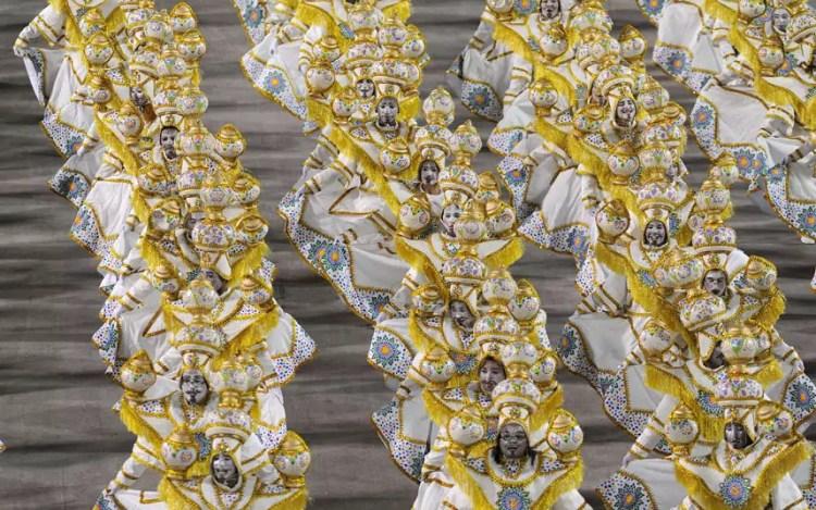 Rio carnival wide