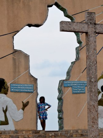 ouidah_door of return