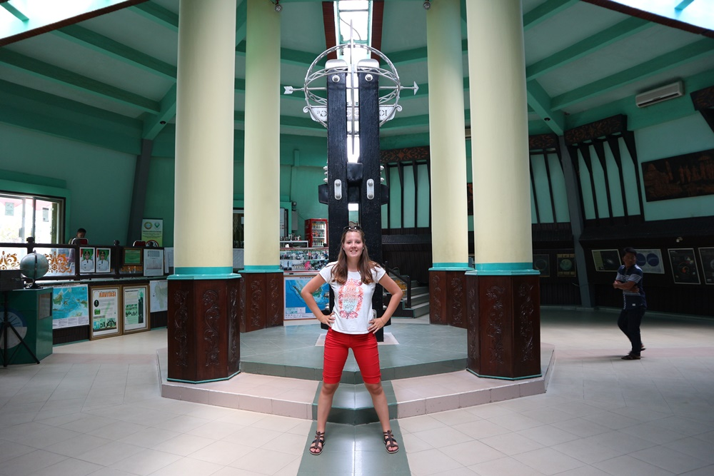 sta op de evenaar in pontianak bucketlist item