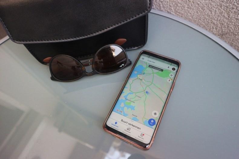 telefoon gebruik - powerbank op reis