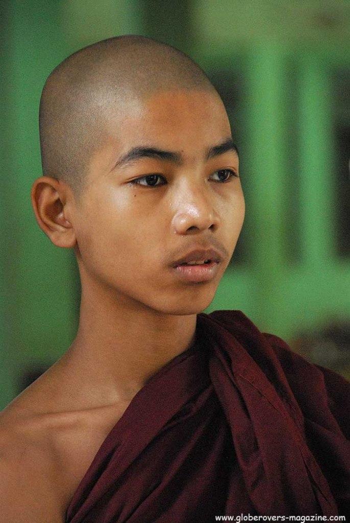 Portraits - Monk in Kha Khat Wain Kyaung, Bago, MYANMAR