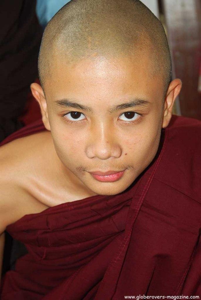 Portraits - Monk tt Pa-Auk-Taw-Ya Monastery south of Mawlamyaing, Myanmar