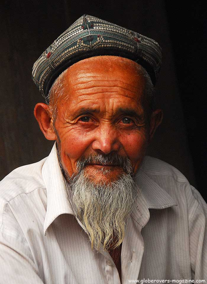 Portraits - Old man at the Western & Central Asian Bazaar, Kashgar, China