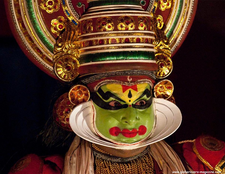Portraits - Kathakali dance, Kumily, Kerala, INDIA