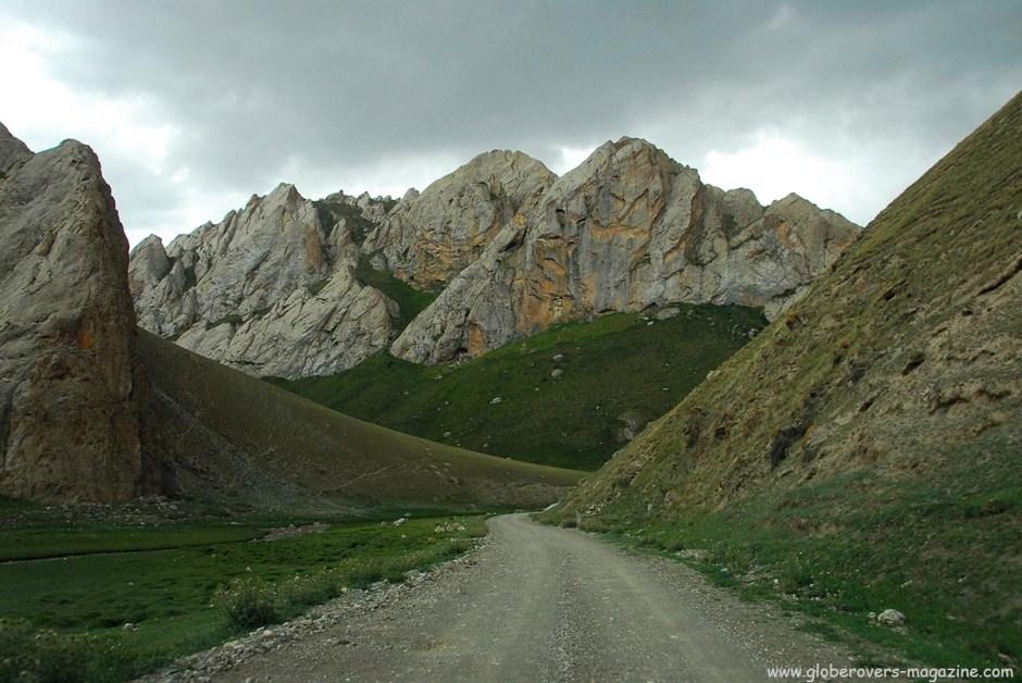 The stunning scenery near Tash Rabat, Kyrgyzstan