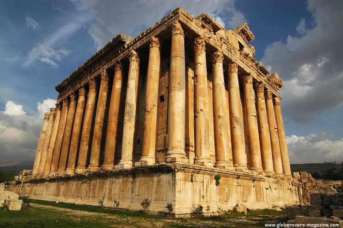 descriptive essay about baalbek castle