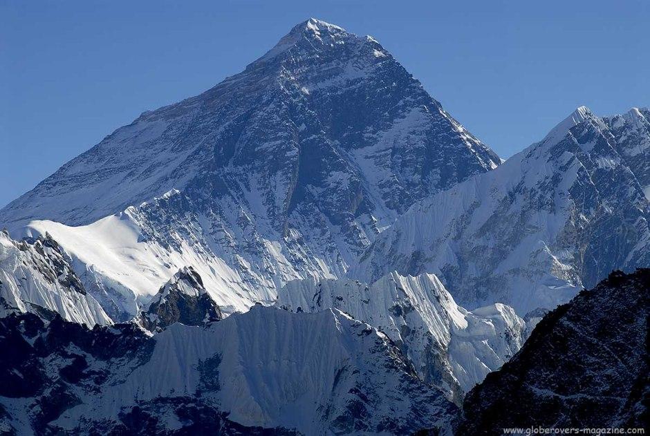 Mount Everest (8,850m)from Gokyo Ri (5,360m), Nepal