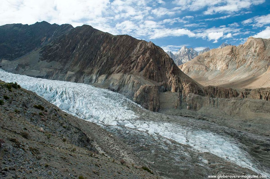 Passu Glacier, north of Gulmit Village in the Upper Hunza Valley north of the Attabad Lake, Hunza Vallay, PAKISTAN