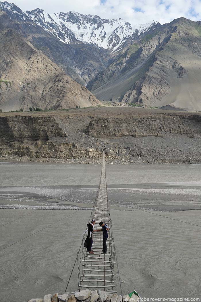 Bridge south of Passu Glacier, north of Gulmit Village in the Upper Hunza Valley north of the Attabad Lake, Hunza Vallay, PAKISTAN