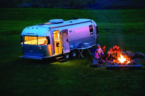 Airstream Trailer USA Abendstimmung