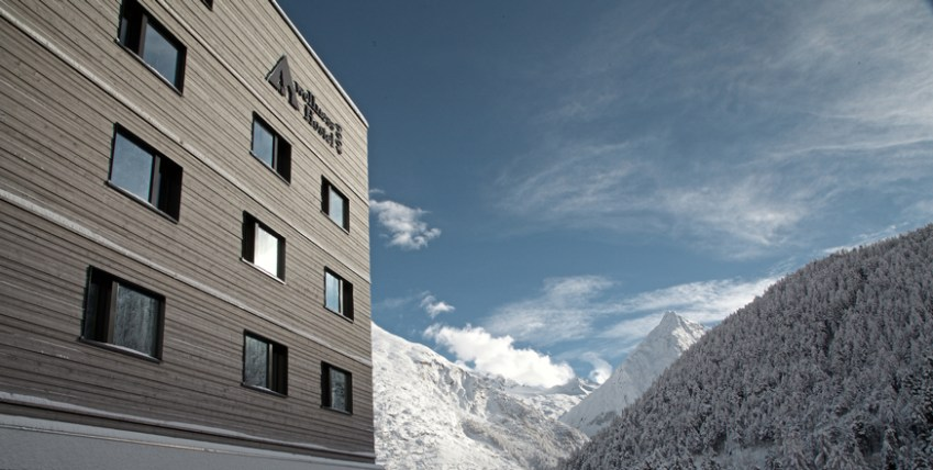 Saas-Fee Jugendherberge Wellness4000