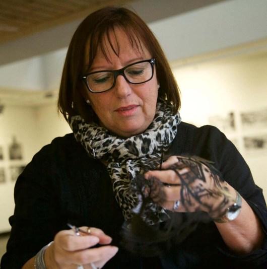 Scherenschnitte Saanen Beatrice Straubhaar