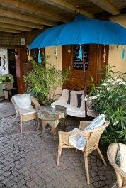 Deutsche Weinstrasse - Café Solo in Weisenheim - Asiatische Möbel