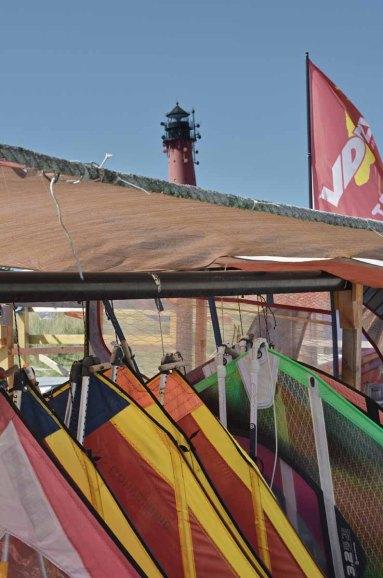 Sylt Aktivitäten Sehenswürdigkeiten - Surfschule Brett mieten