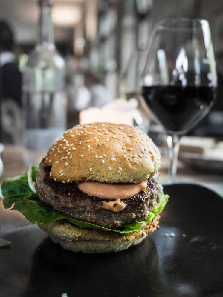 Burger in Tim Mäzers Bullerei