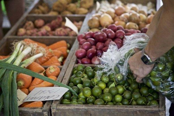salcedo-market-manila-essen-restaurant04