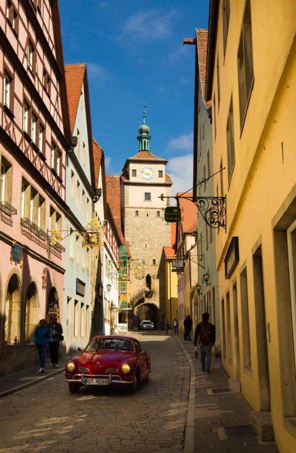 Oldtimer in der Altstadt Rothenburg